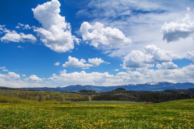 Stunning Vistas Abound at Aspen Ridge Ranch